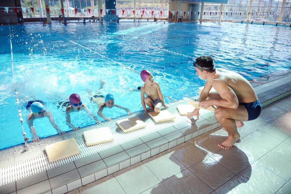Prevenir la otitis del nadador