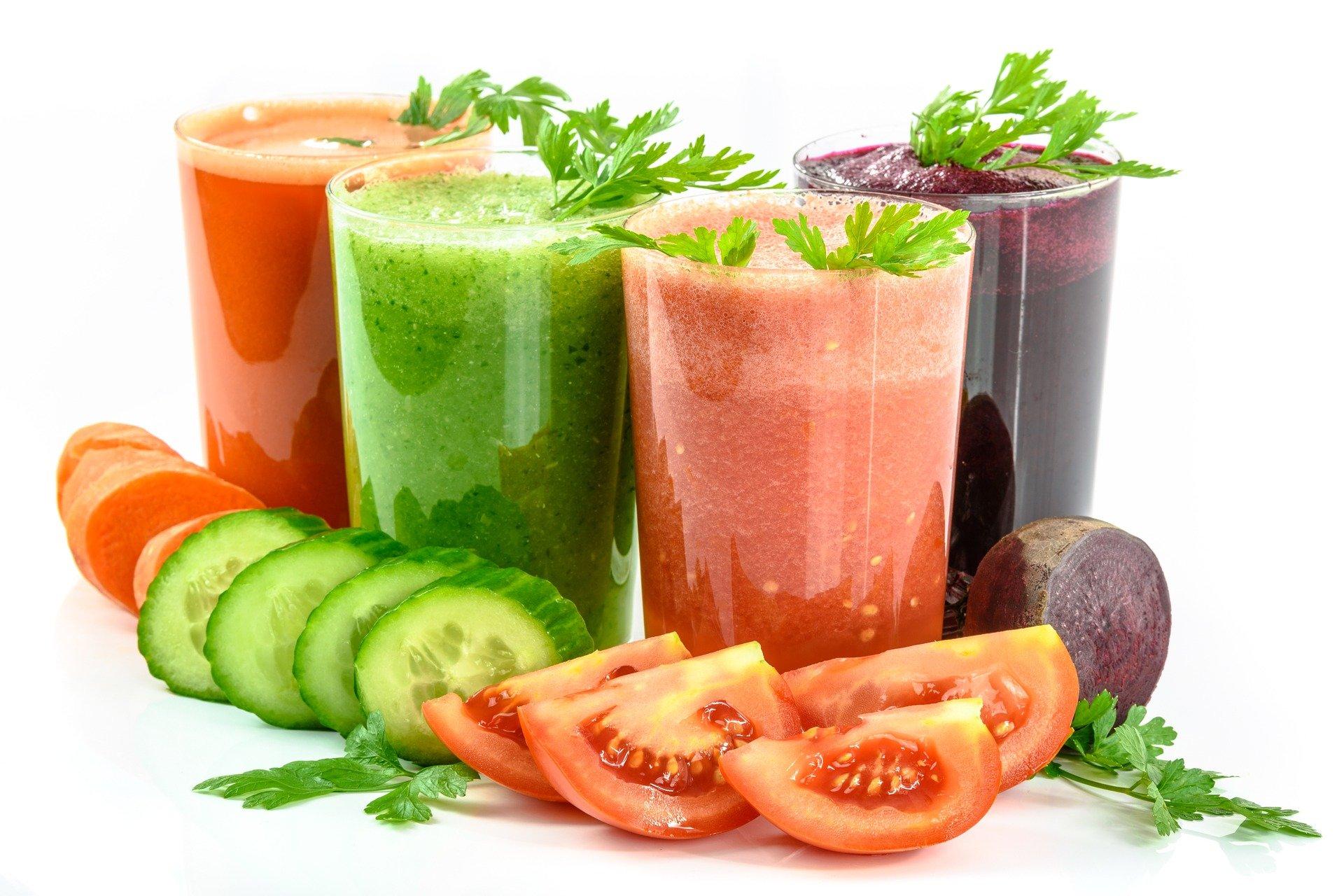 Dieta detox: ¿es bueno cambiar tu dieta por batidos?
