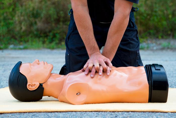 Primeros auxilios: Qué hacer antes de que llegue la ambulancia