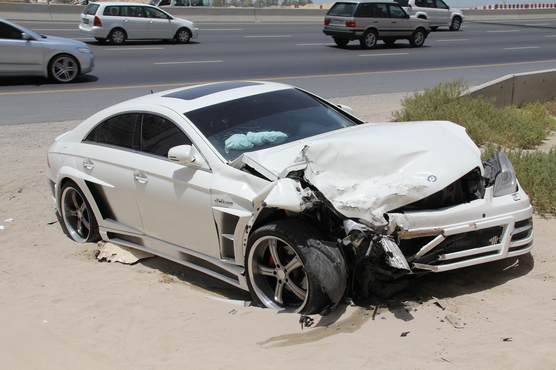 Accidente de tráfico, ¿cómo debo actuar?