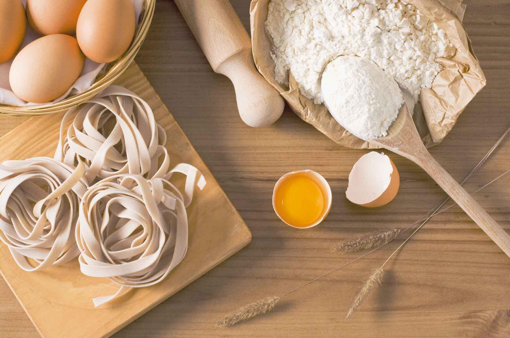 ¿Es preciso desechar todos los alimentos pasados de fecha de caducidad?