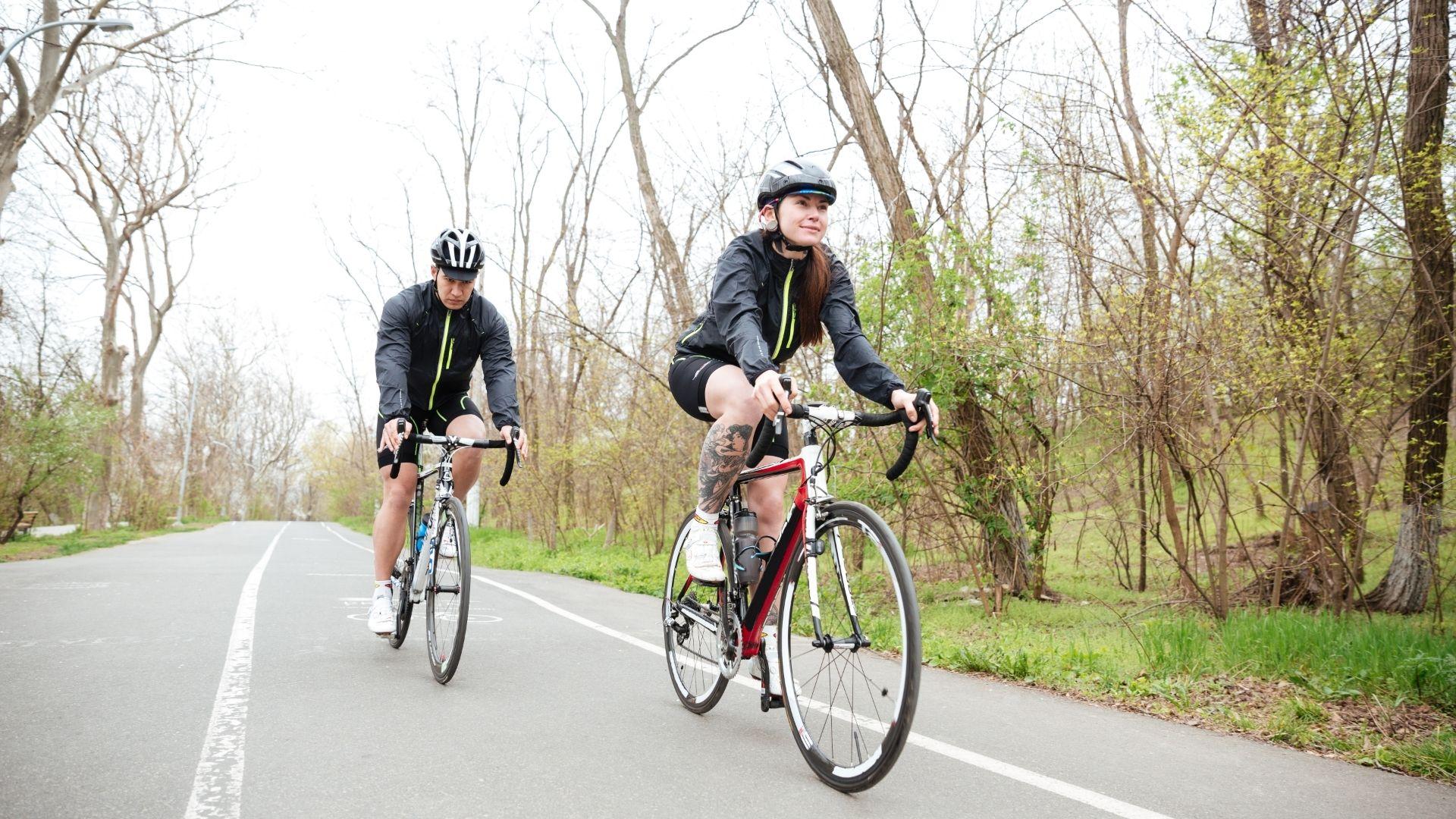 Ciclismo ¿cómo debo entrenar para prevenir lesiones y mejorar?