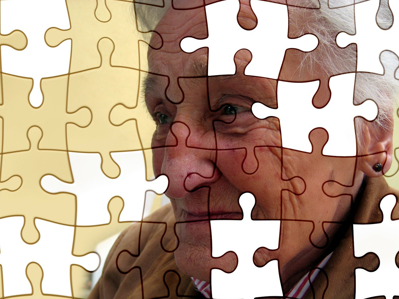 Fallos de memoria en la tercera edad, ¿síntoma de demencia?